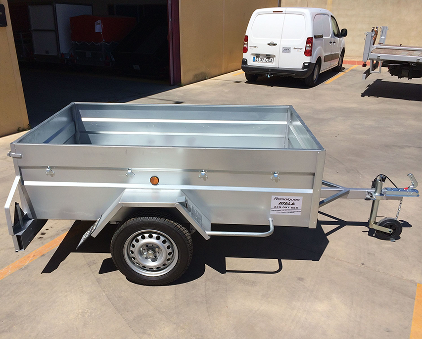 Remolque-caja-abierta-2.000-x-1.200-x-500-chapa-galvanizada para agricultura