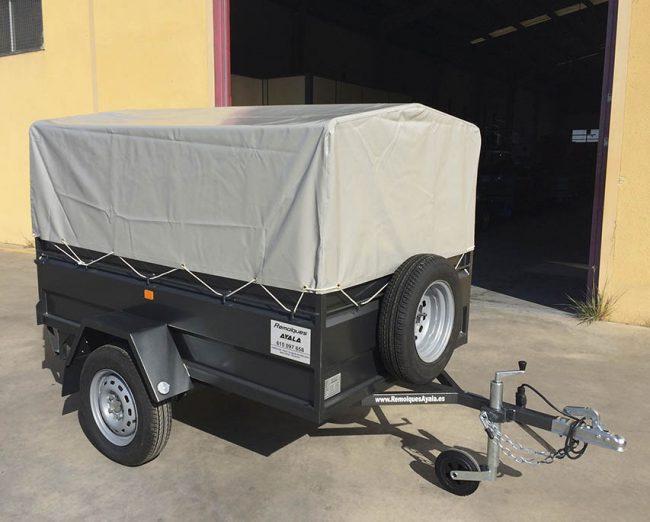 Remolque con lona y arquillos Carro 1 eje MMA 750 KG - REMOLQUES AYALA - 1