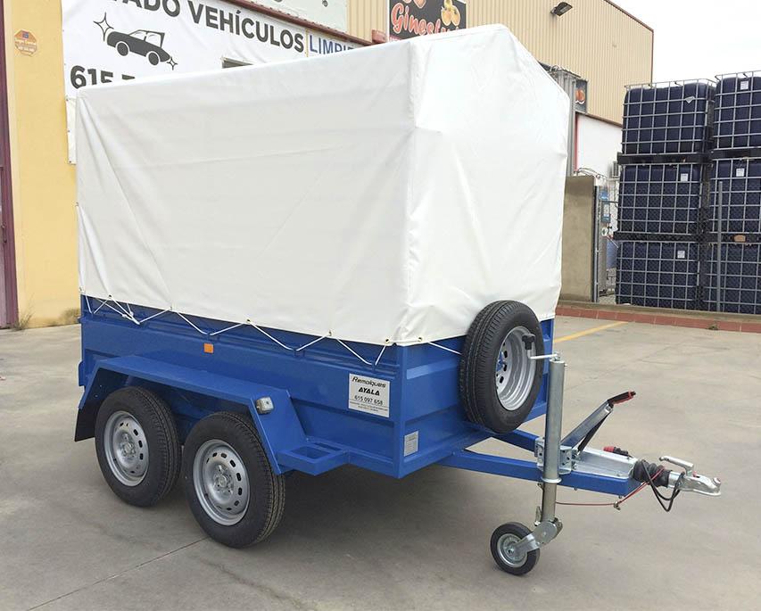Remolque con lona y arquillos Carro 2 ejes MMA 750 KG - REMOLQUES AYALA -