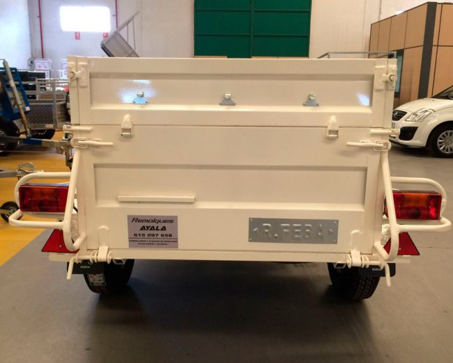 basculante-hidraulico-pintado-y-galvanizado